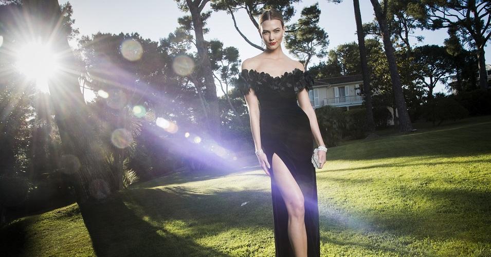 CAP D'ANTIBES, FRANTA - MAI 19: Model Karlie Kloss la editia amfAR's - Cinema impotriva SIDA Gala la Hotel du Cap-Eden-Roc (Foto Pascal Le Segretain/amfAR16/WireImage)