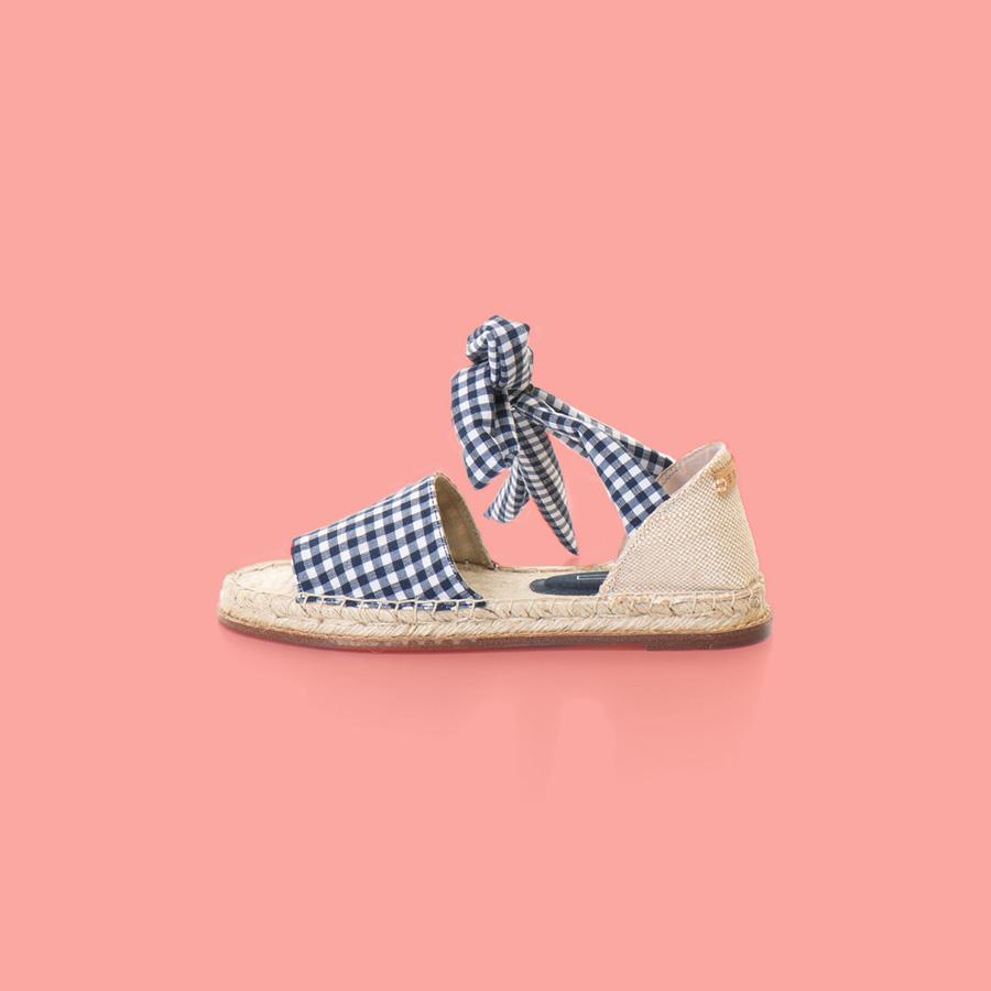 blog-900x900_Sandals